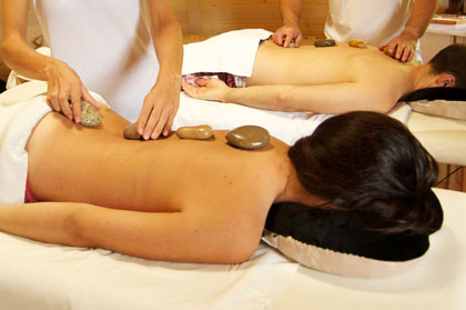 massatge geotermal en parella
